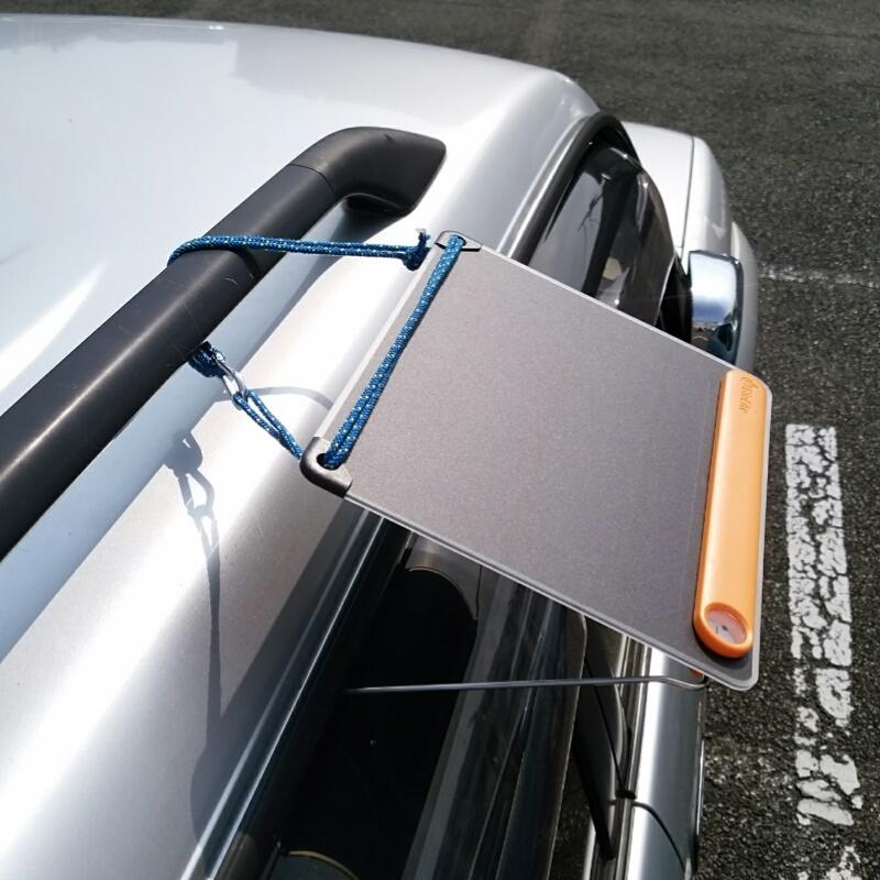 駐車場の車の屋根で発電!